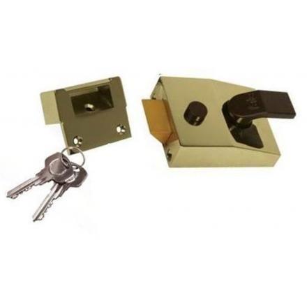 YALE 89 Security nightlatch - 60mm Brasslux